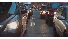 英国通过人工智能供电的交通信号灯应对空气污染